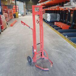 Gebruikte bandensteekwagen 650x700x1650 rood