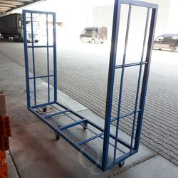 Gebruikte bandenwagen 2360x700x2100 blauw